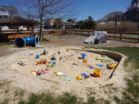 Dewey Beach, DE: sand