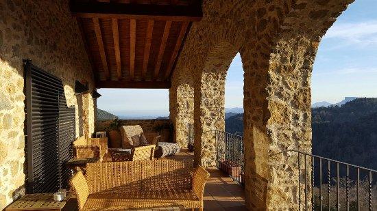 Sant Feliu de Pallerols, Spain: sacada do quarto com terraço