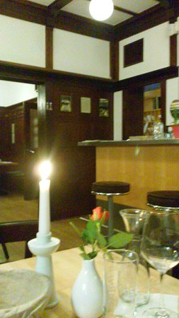 Alt Weimar Hotel : Charming wood lined dining room from early 1900's.