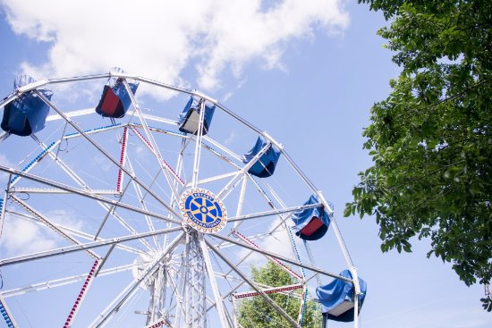 Jacksonville, IL: Eli Bridge's 1900 Big Wheel turns today through the good services of the Rotary Club of Jacksonv