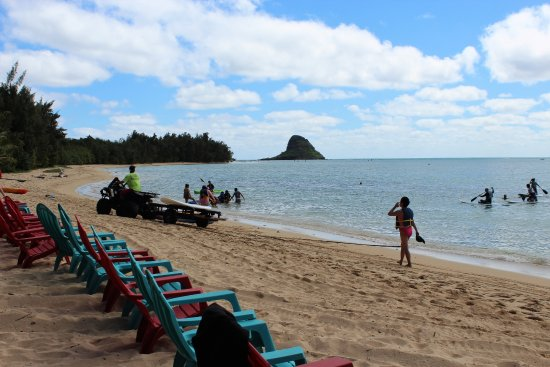 Kaneohe, HI: Nice day at Secret Island beach.