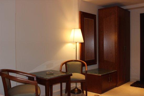 Zamalek, Cairo Hotel | Cairo Marriott Hotel & Omar Khayyam ...