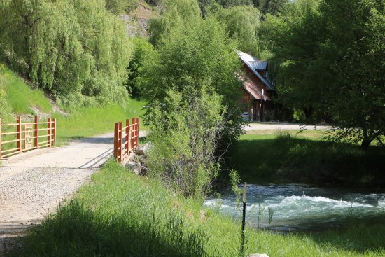 Preston, ID: Lodge (view of Cub River Bridge & Lodge)
