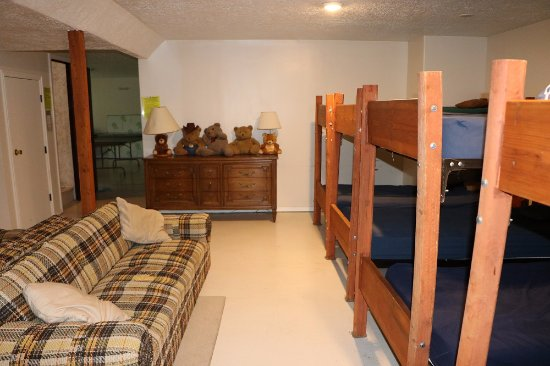 Preston, ID: Lodge Bunk Room (lower level-sleeps 18 in bunks)