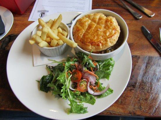 Takanini, New Zealand: Murphys Irish Stout Pie