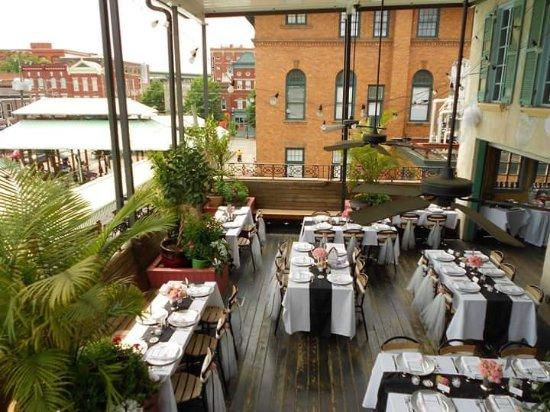 Havana 59: 2nd floor patio