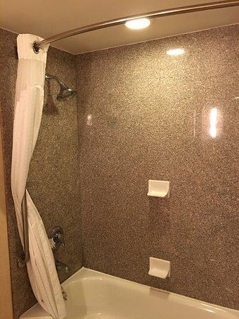 Holiday Inn Express Hotel & Suites Belleville: photo2.jpg