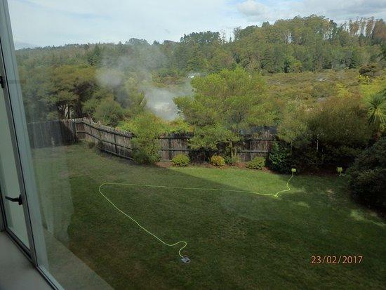 هوليداي إن روتوروا: Te Puia view from room