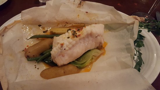 Shepherdstown, Virginia Occidental: Monk Fish in Parchment Paper