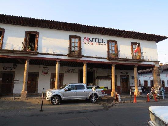 Hotel Casa del Refugio: Outside view