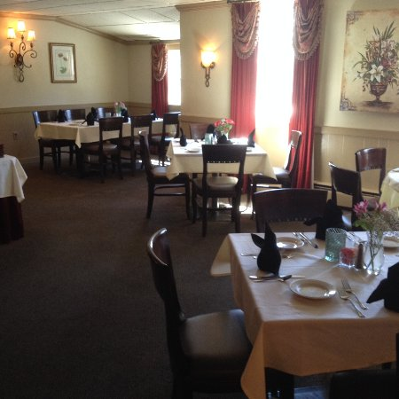 Downingtown, PA: smaller dining area off the main dining area
