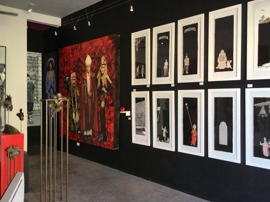Enrique Bascón, Galeria de Arte