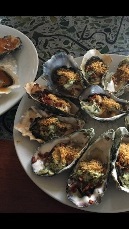 Valley Ford, Kalifornien: Oysters Rockerfeller ala Brandon