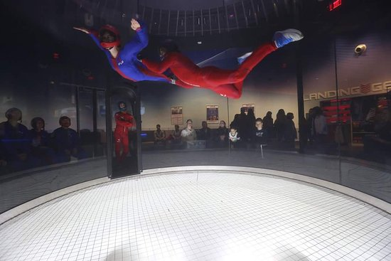 ‪iFLY Indoor Skydiving - Westchester‬