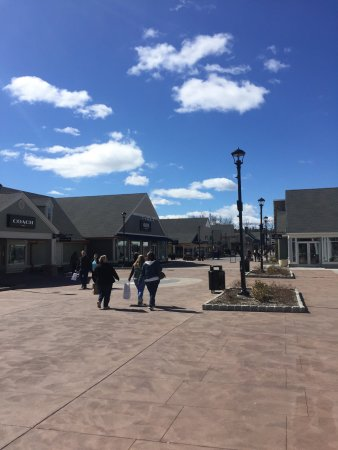 ‪‪Woodbury Common Premium Outlets‬: photo0.jpg‬