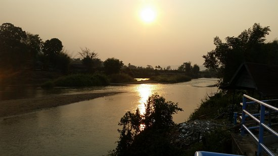 Thaton, Tayland: River opposite hotel