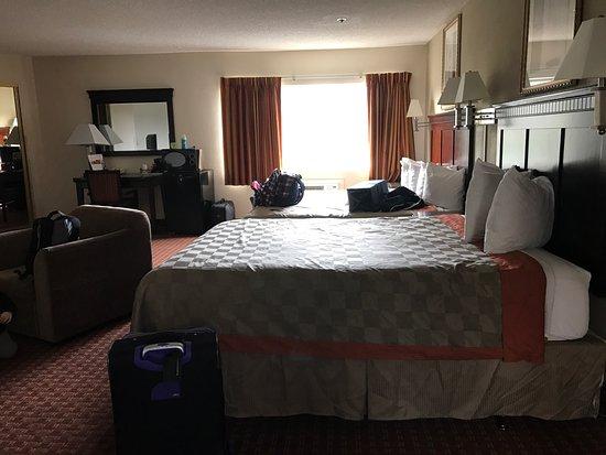 Days Inn & Suites Rancho Cordova: photo0.jpg