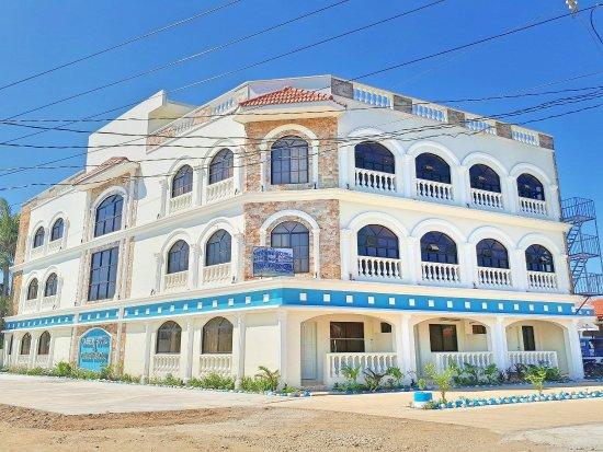 Nassim Hotel and Beach Resort