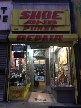 Vintage & Vinyl record shop  Jersey City NJ  - Picture of