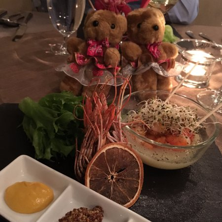 No. 43 Italian Bistro: Meal with free bears!