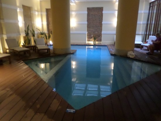 Hotel de la Opera: Indoor pool at the spa