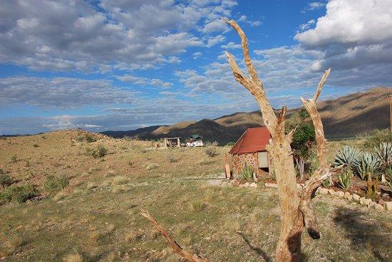 Camp Gecko Tented Camp: Blick auf Hilltop