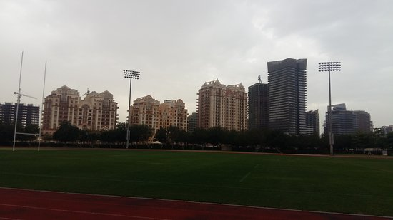Dubai Sports City: 20170325_164525_large.jpg