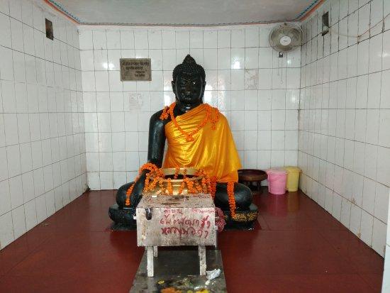 Black Buddha Temple: Black Buddha Temple