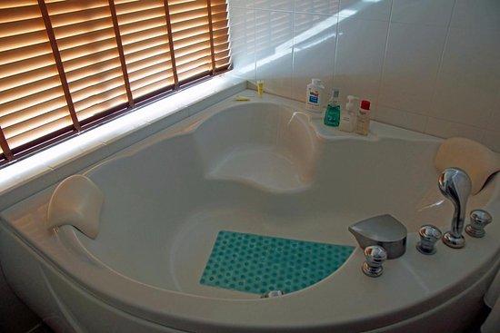Größe Badewanne große badewanne picture of sunprime kamala kamala tripadvisor