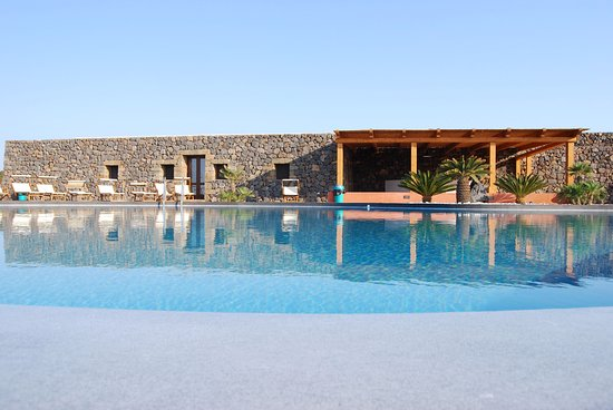 Residence Sotto le Stelle - Hotel - Via Cossyra N°39/a in Pantelleria, IT - Tips and Photos on ...