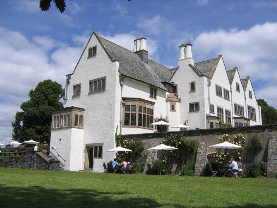 Bowness-on-Windermere, UK: Stunning Arts & Crafts House overlooking Windermere.