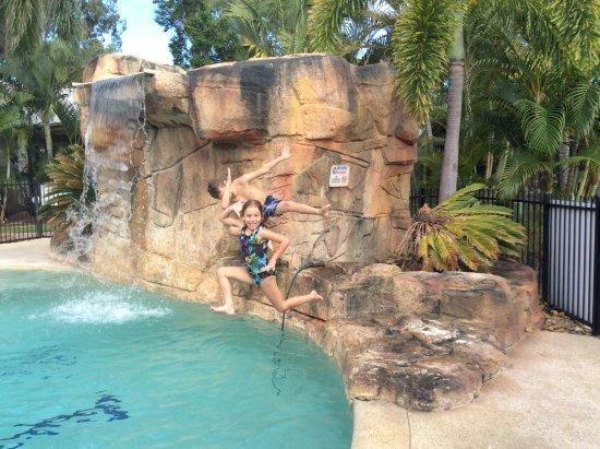 تريجر أيلاند ريزورت آند هوليداي بارك: Super poolside shots
