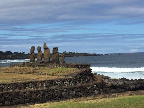 Easter Island Travel: photo1.jpg