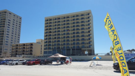 Holiday Inn Express and Suites Oceanfront: 20170408_153819_large.jpg