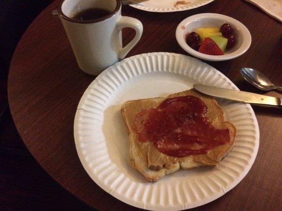 The Fitzgerald Hotel : Breakfast :-)