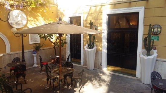 Villa San Lorenzo Maria Hotel: 20170408_091556_large.jpg