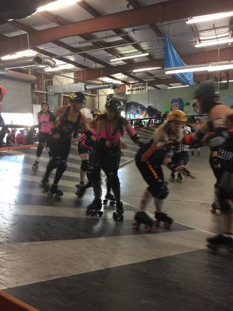 Deadly Rival Roller Derby