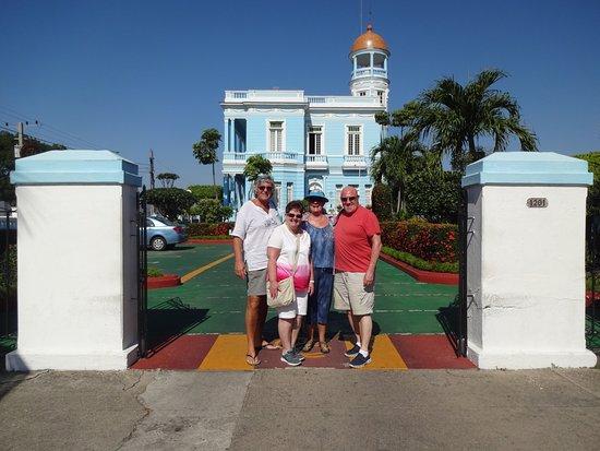 Hostal Palacio Azul: A Stunning Hotel.....
