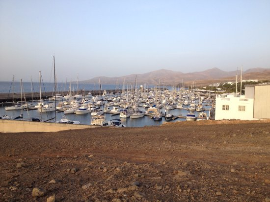 Puerto Calero Harbour - its nicer inside. - Picture of Walk from Puerto del C...