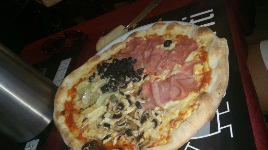 Pizzeria Avanti Benidorm: Sitio muy acogedor,la comida muy buena y mucha cantidad,el servicio inmejorable muy atentos reco