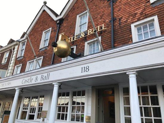 The Castle & Ball Hotel: photo1.jpg