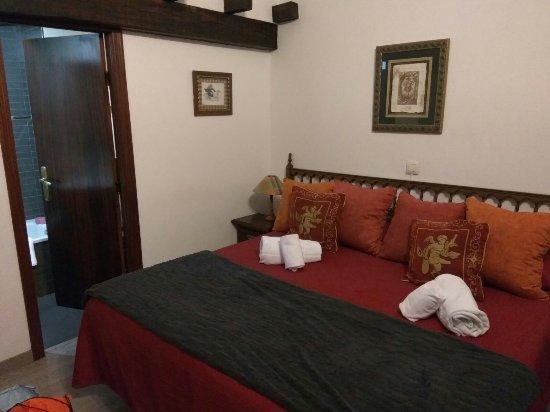 El Tejo, España: Así nos encontramos la habitación a nuestra llegada