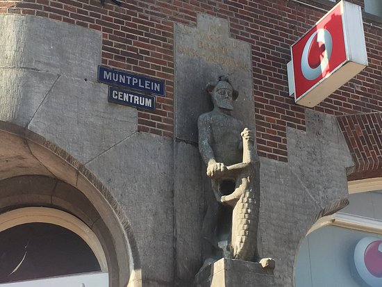 Statue Hercules