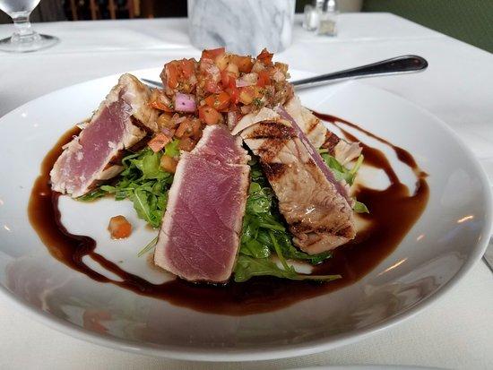 Hammonton, NJ: Ahi Tuna Salad