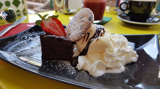CAPPUCCINO HOUSE: 20170409_151431_large.jpg
