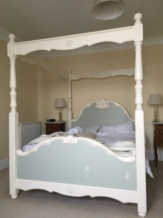 Cromarty, UK: Our cosy four-poster bed