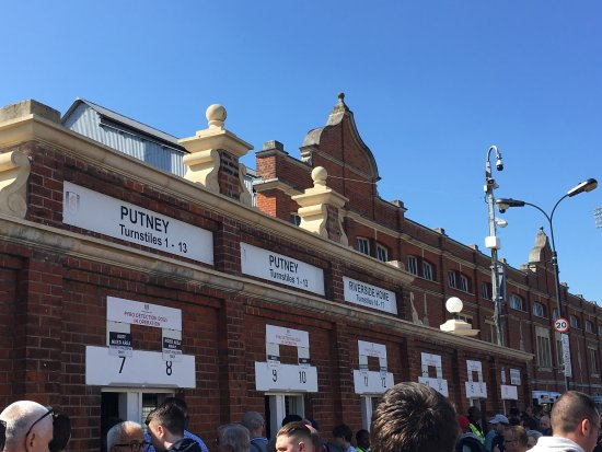 Craven Cottage: photo2.jpg