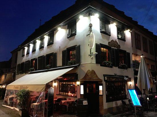 Le Pfifferbriader: Exterior del restaurante