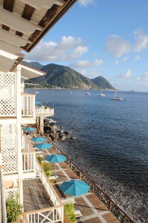 Fort Young Hotel: Blick von unserem Balkon