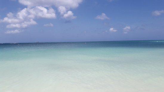 Aruba Tropic Apartments: 20170401_120259_Richtone(HDR)_large.jpg